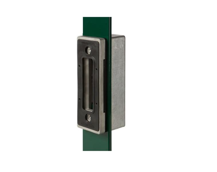 Pretlika bīdāmo vārtu slēdzenei ar alumīnija adapteri LOCINOX